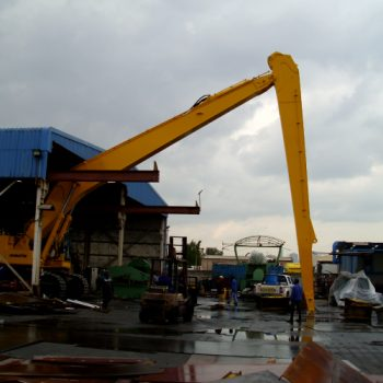 22Meter-Long-Reach-Boom-and-Stick-Assembled-on-PC-850